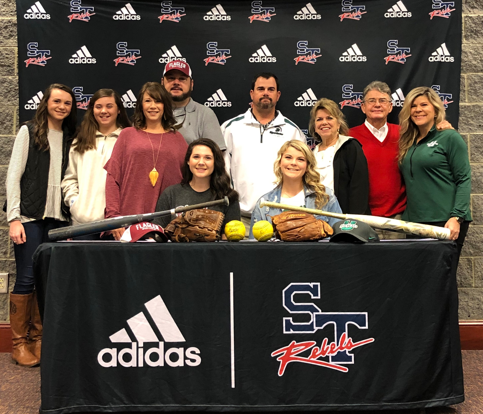 Wise and Taylor Sign To Play College Softball