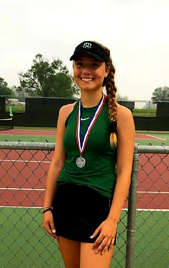 KENDALL HOKE WINS 2ND PLACE AT DISTRICT CHAMPIONSHIP