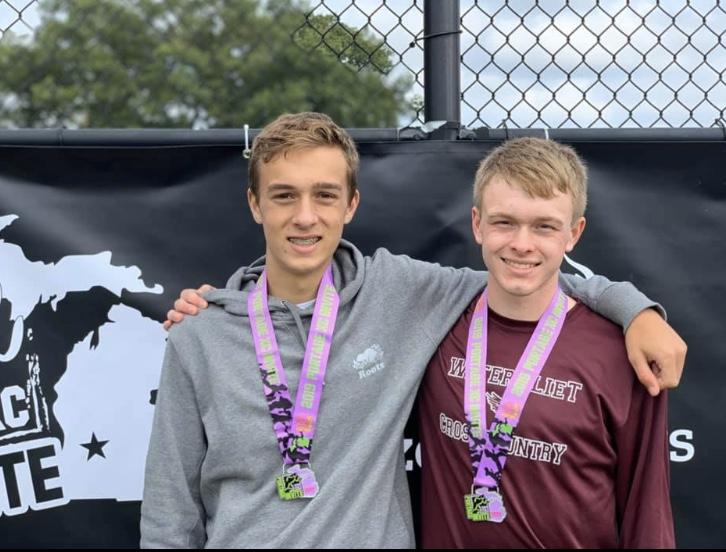 Ezra Troyer & Gus Hinch Run Impressive Races at State Meet