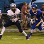 Powdersville High School Varsity Football beat Wren High School 41-28