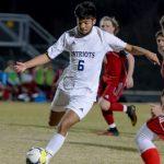 Boys Varsity Soccer beats Palmetto 2 – 1