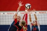 Volleyball Team Cruises to Another Win