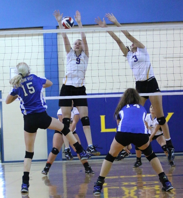 Volleyball Begins District Play