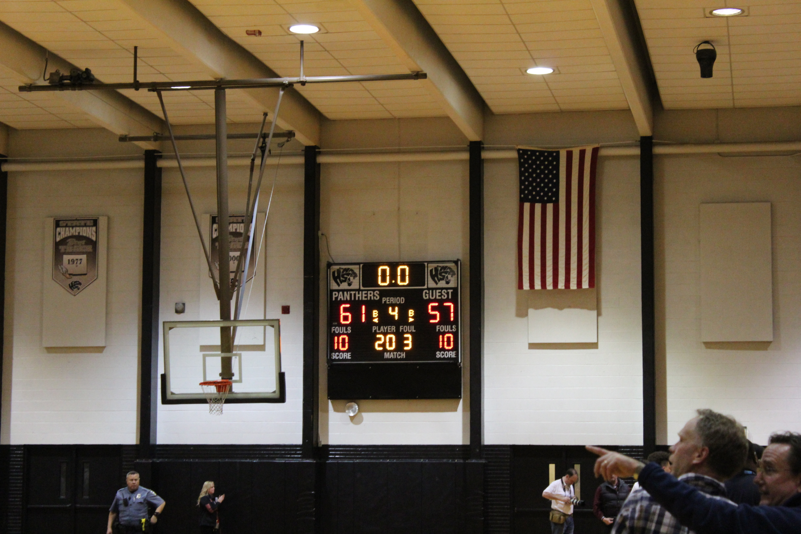 Panthers Win to Advance to Great Eight