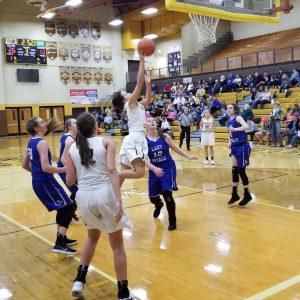 Lady Bears vs. Royals; BYB plays