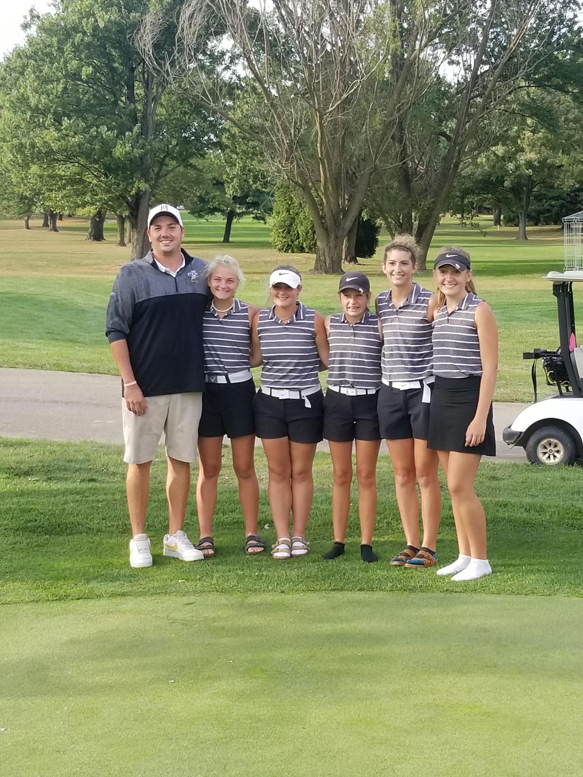 Lapel Girls Golf Advances to State!