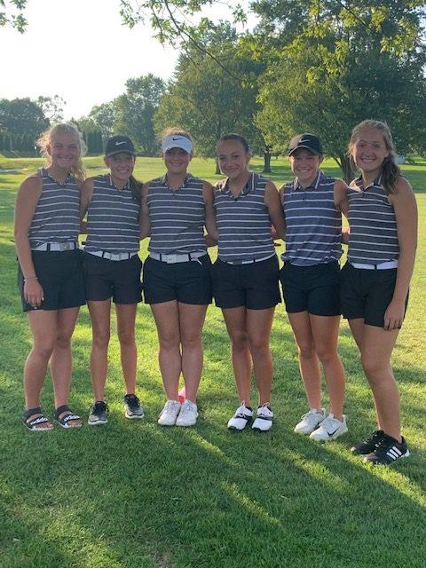 Girls Golf advances to Regional