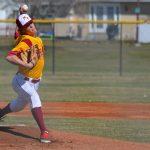 Mountain View High School Varsity Baseball beat Uintah High School 4-2