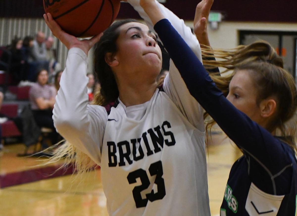 MVHS Girls Basketball to take on 2-seed Farmington in second round of playoffs