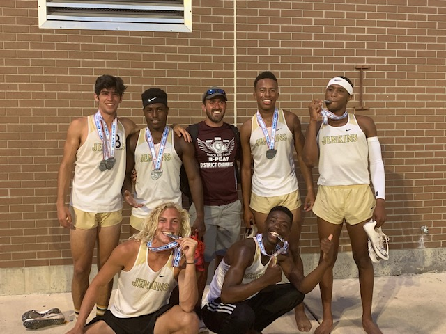 Eagles Bring Home 7 State Medals; Finish 6th Overall