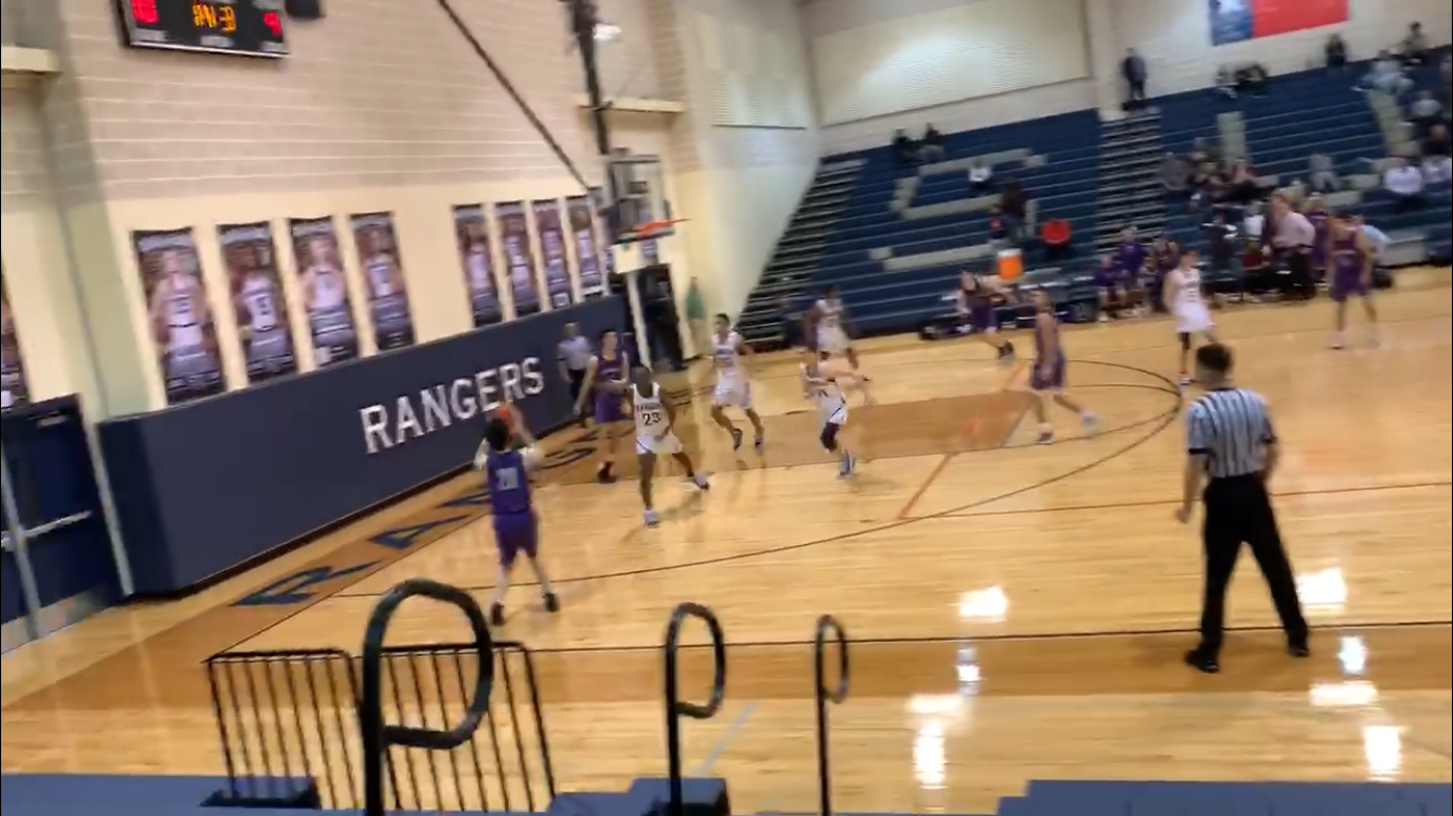 Rattlers Win 1st District Game on Buzzer Beater