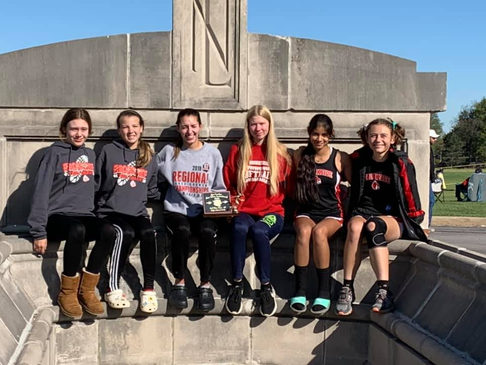 Girls Varsity Cross Country finishes 2nd place at Olien Invitational