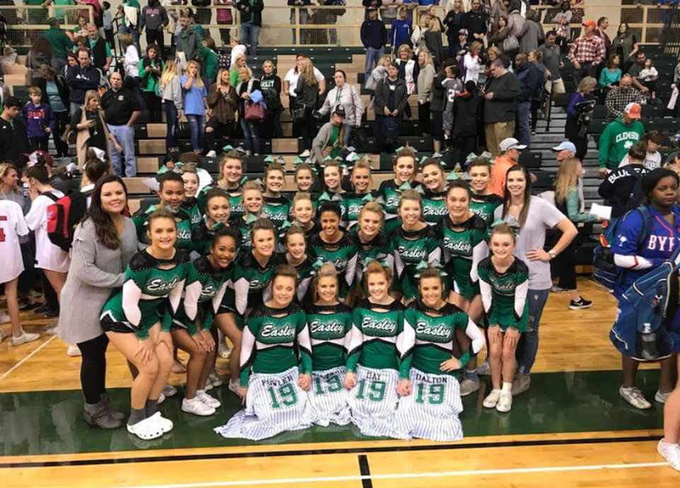 Cheer qualifies for 5A State Competition