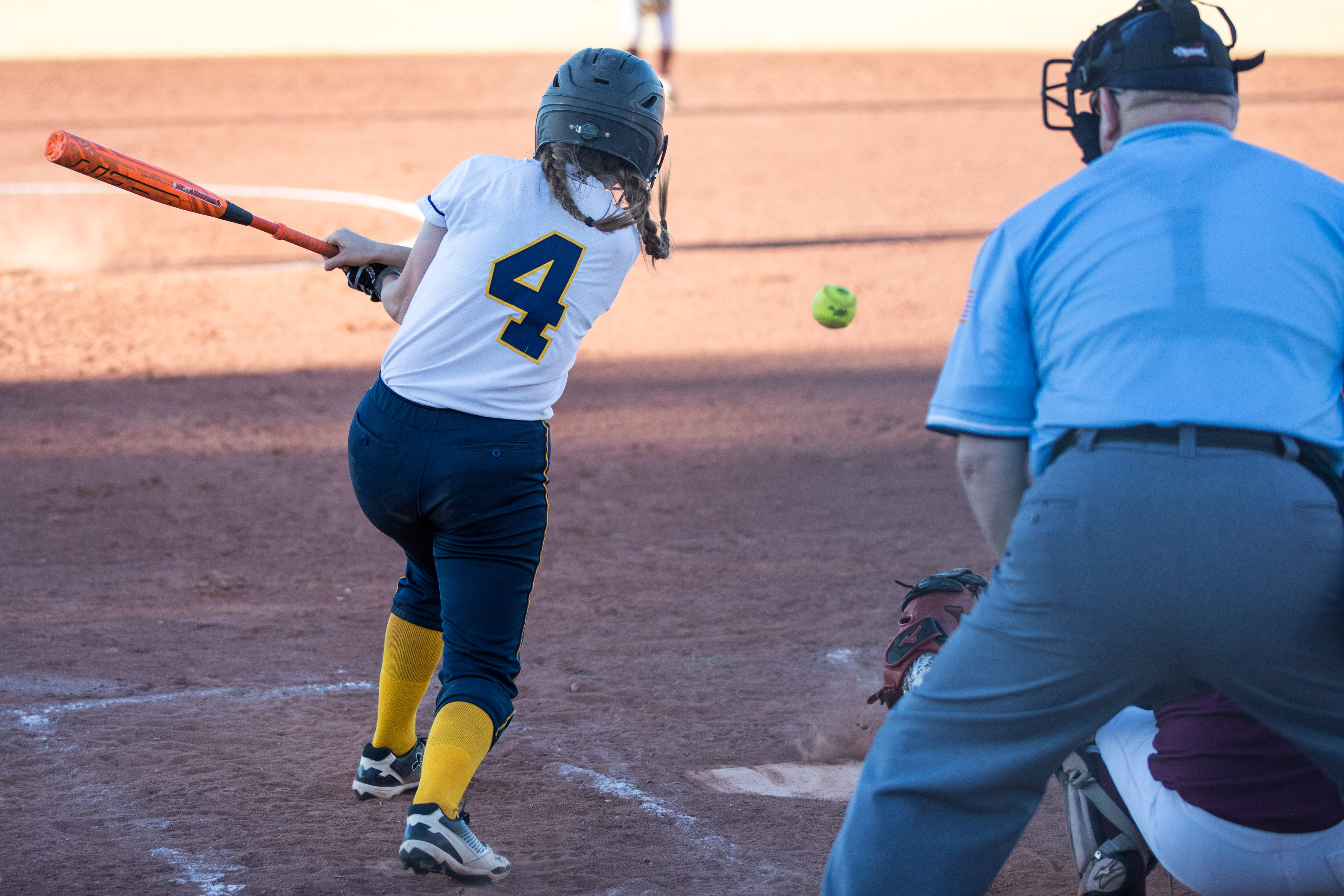 Softball drops road game to TVHS 26-16