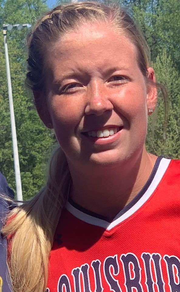 Nobles Earns College Softball Honors