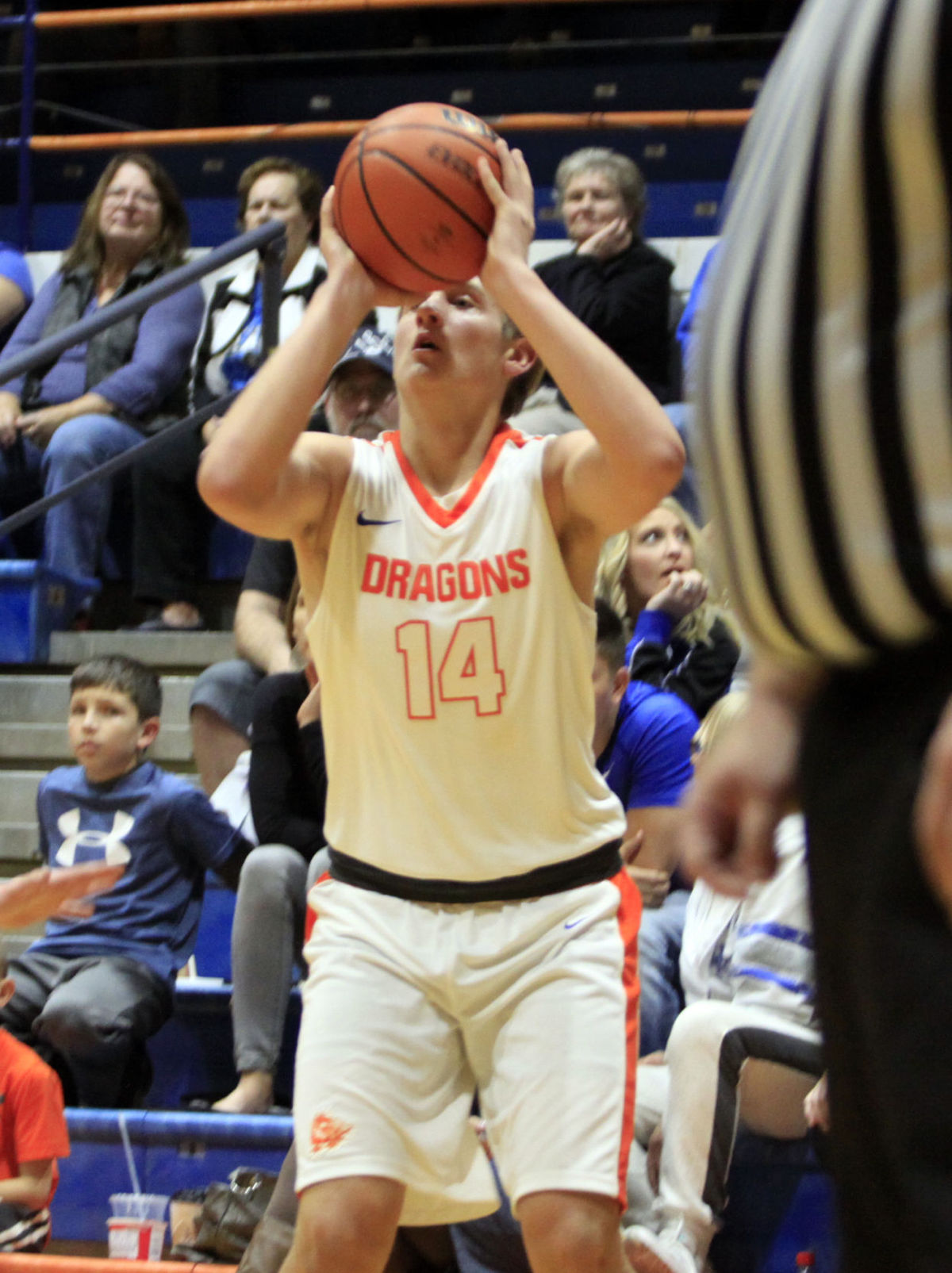 Boys Basketball: Dragons Grit Out Win Over Cougars