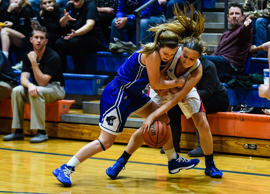 Girls Basketball: Hornets Sting Lady Dragons In Waning Moments