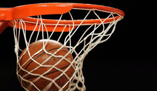 Shiloh Middle Boys Basketball Claim Title