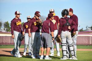 Varsity Baseball 17-18 5