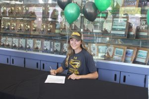 Signing day 5-25-17