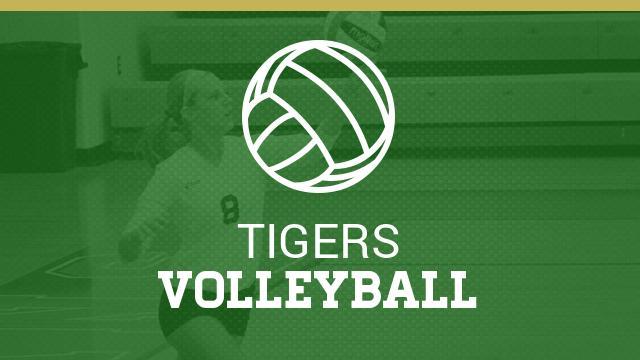 Girls Varsity Volleyball beats Indianapolis Arsenal Technical 3 – 0
