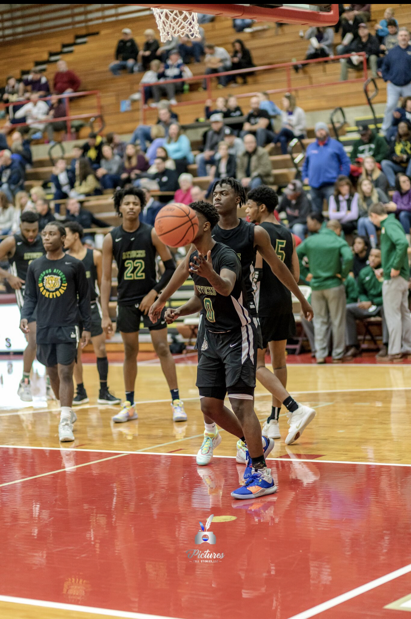 Boys Varsity Basketball beats Tri-West Hendricks 101 – 79