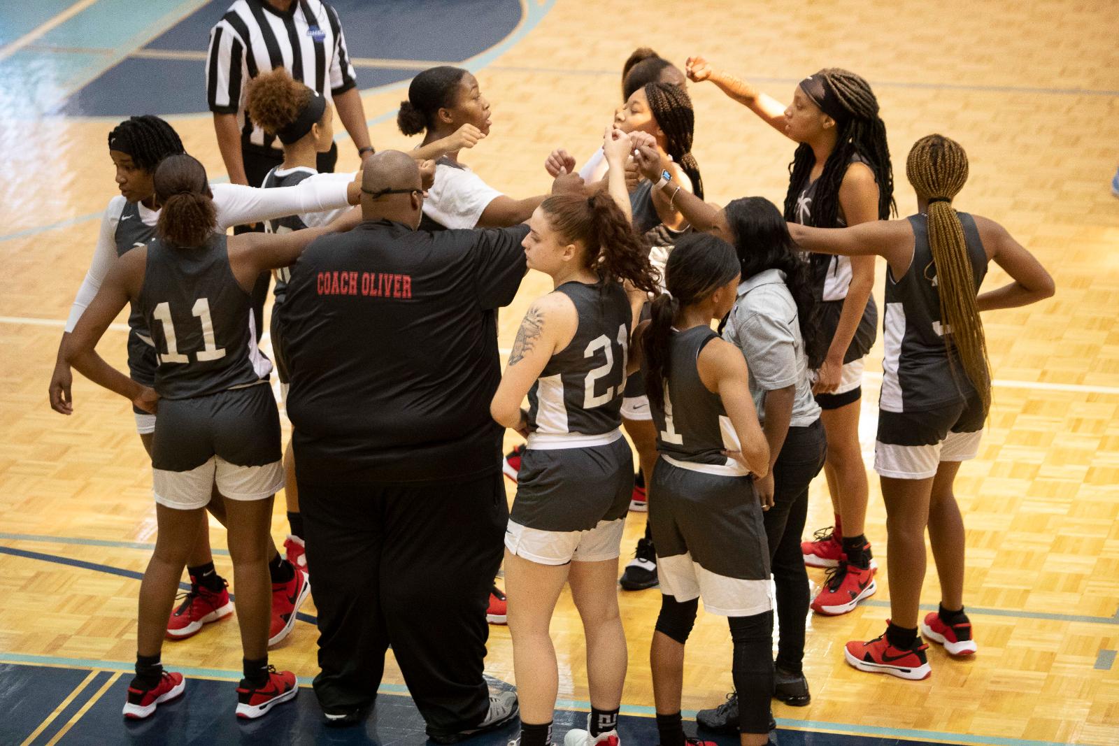 Bulldog Photo Gallery: Girls Varsity Basketball vs Lovejoy