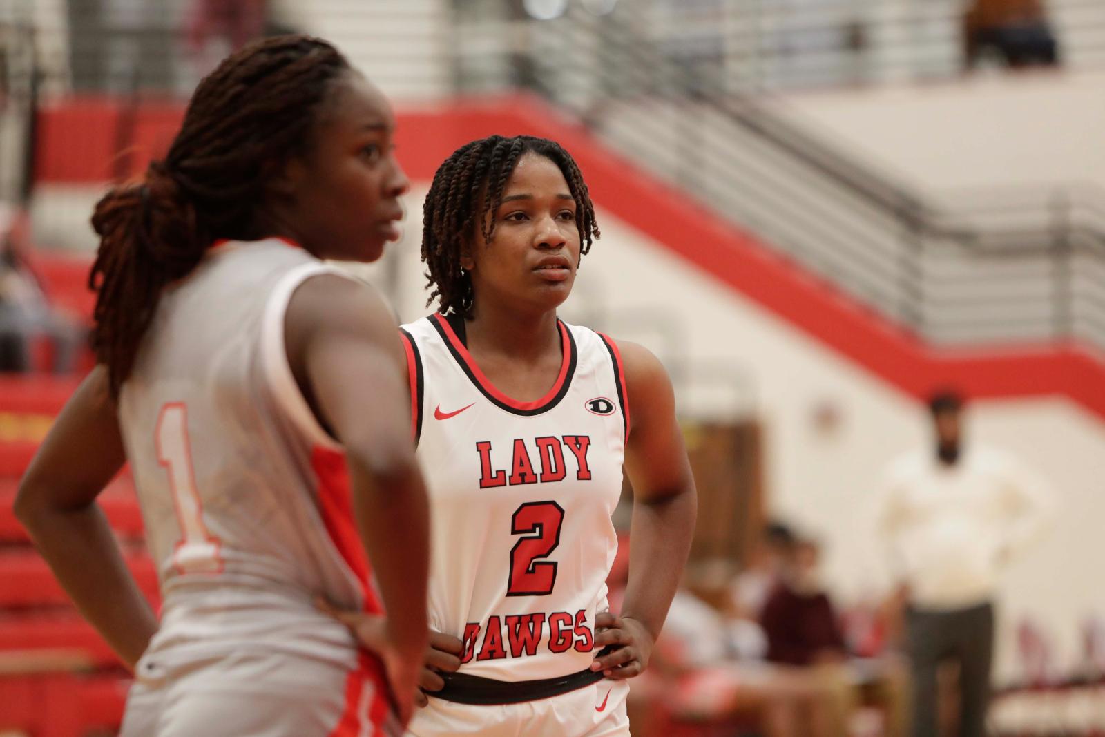 Bulldog Photo Gallery:  Girls Varsity Basketball vs Woodland