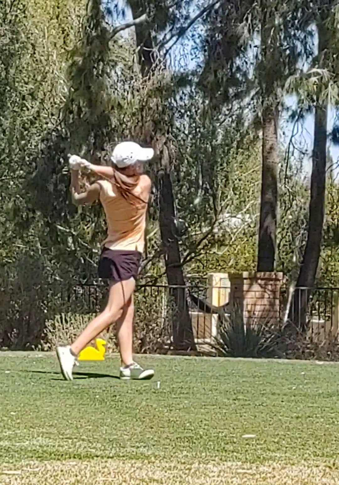 Aly Blomberg places 2nd at NWSC Golf match