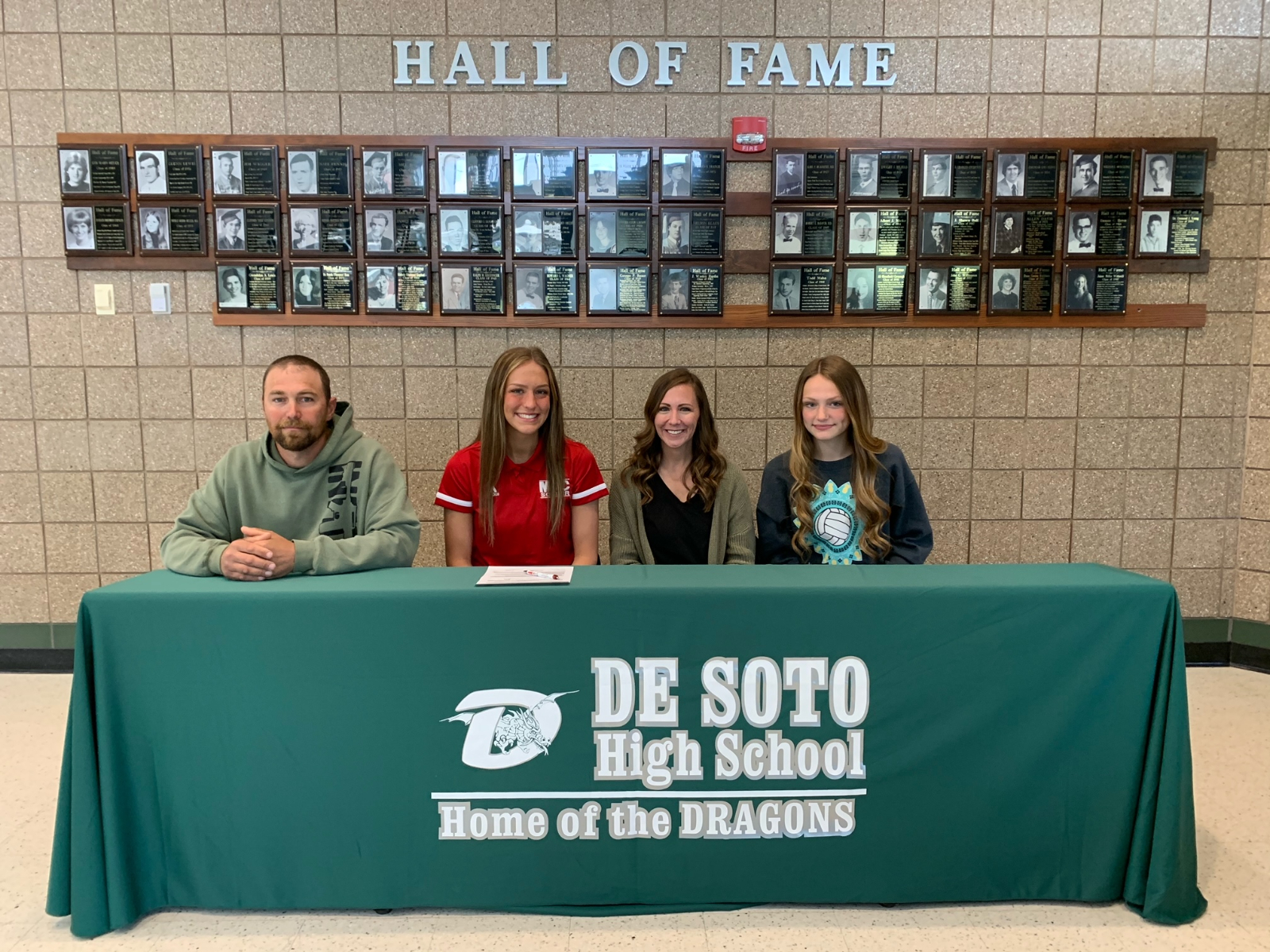 Pehle Signs with Mineral Area College
