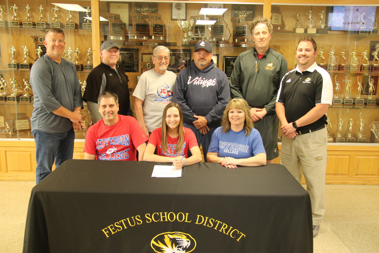 Tiger Softballer Signs To Play At Jeffco