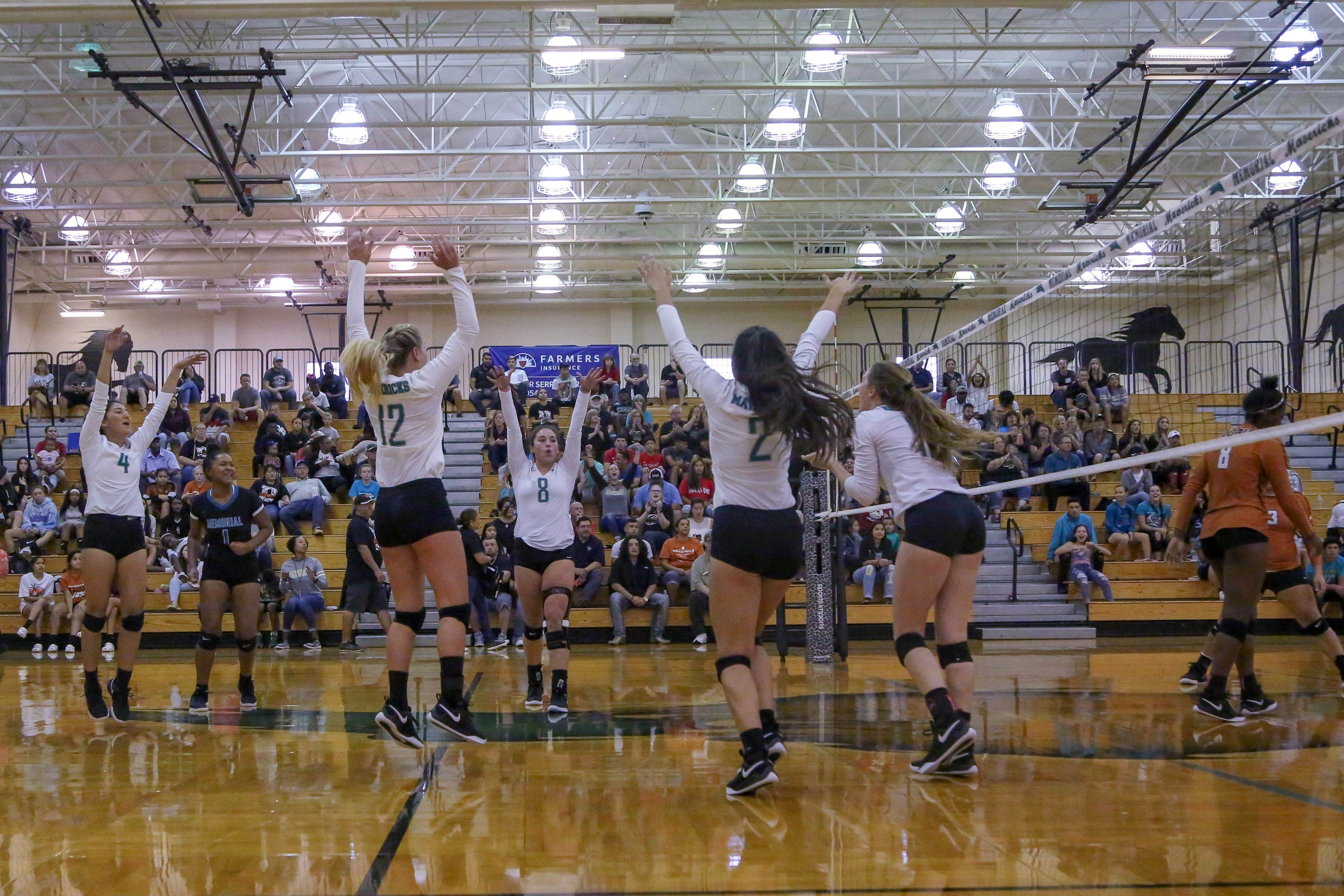 Lady Mavs Lock Down 3rd Place After 1st Round of District Play