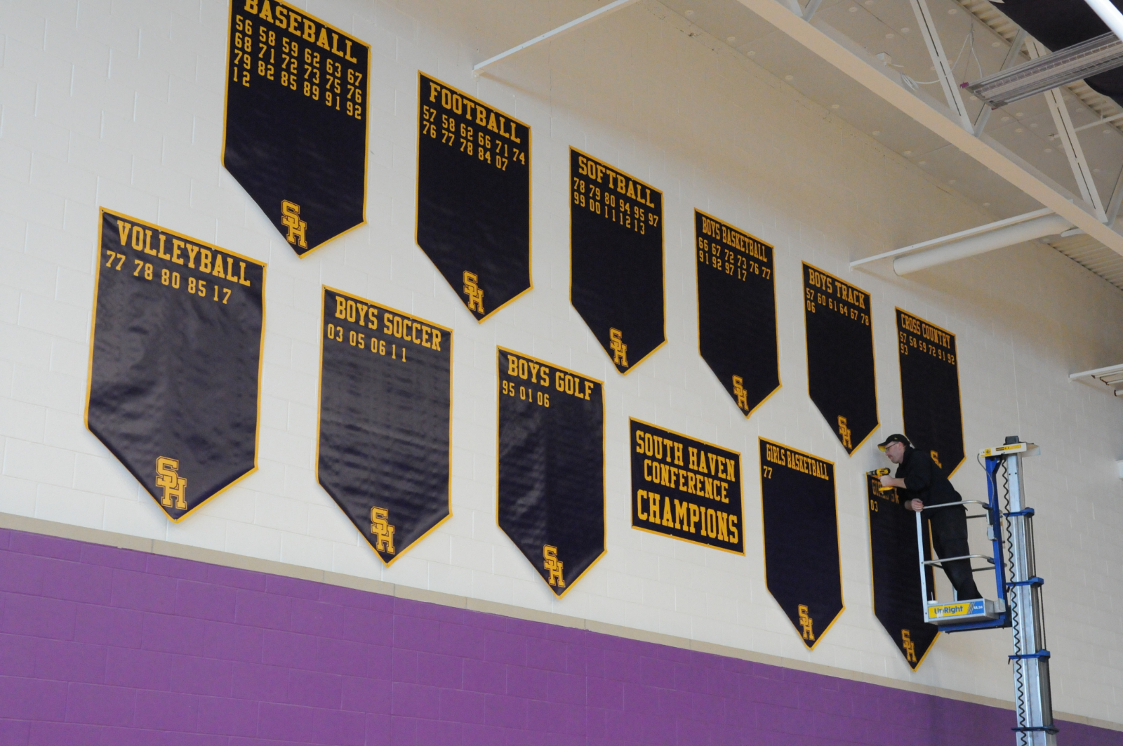 The Banners Are Up!