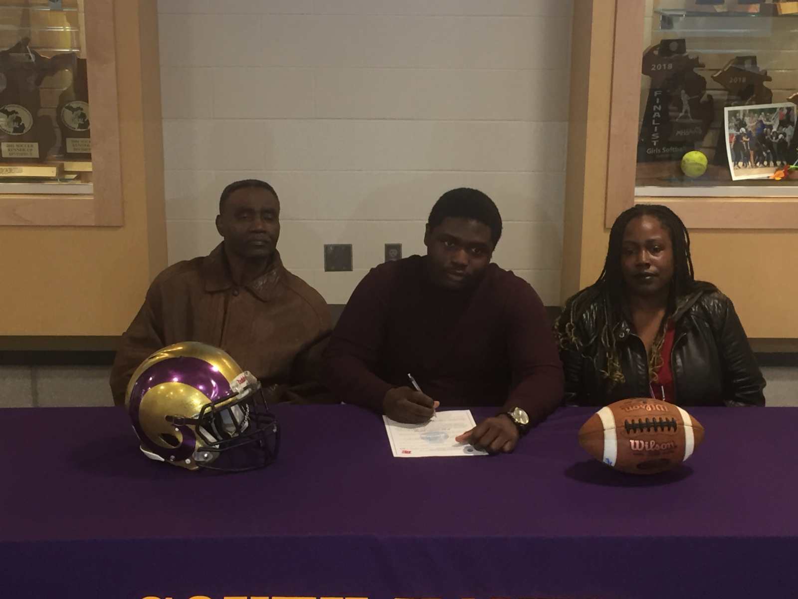Marcus Guinn To Play Football At Olivet College