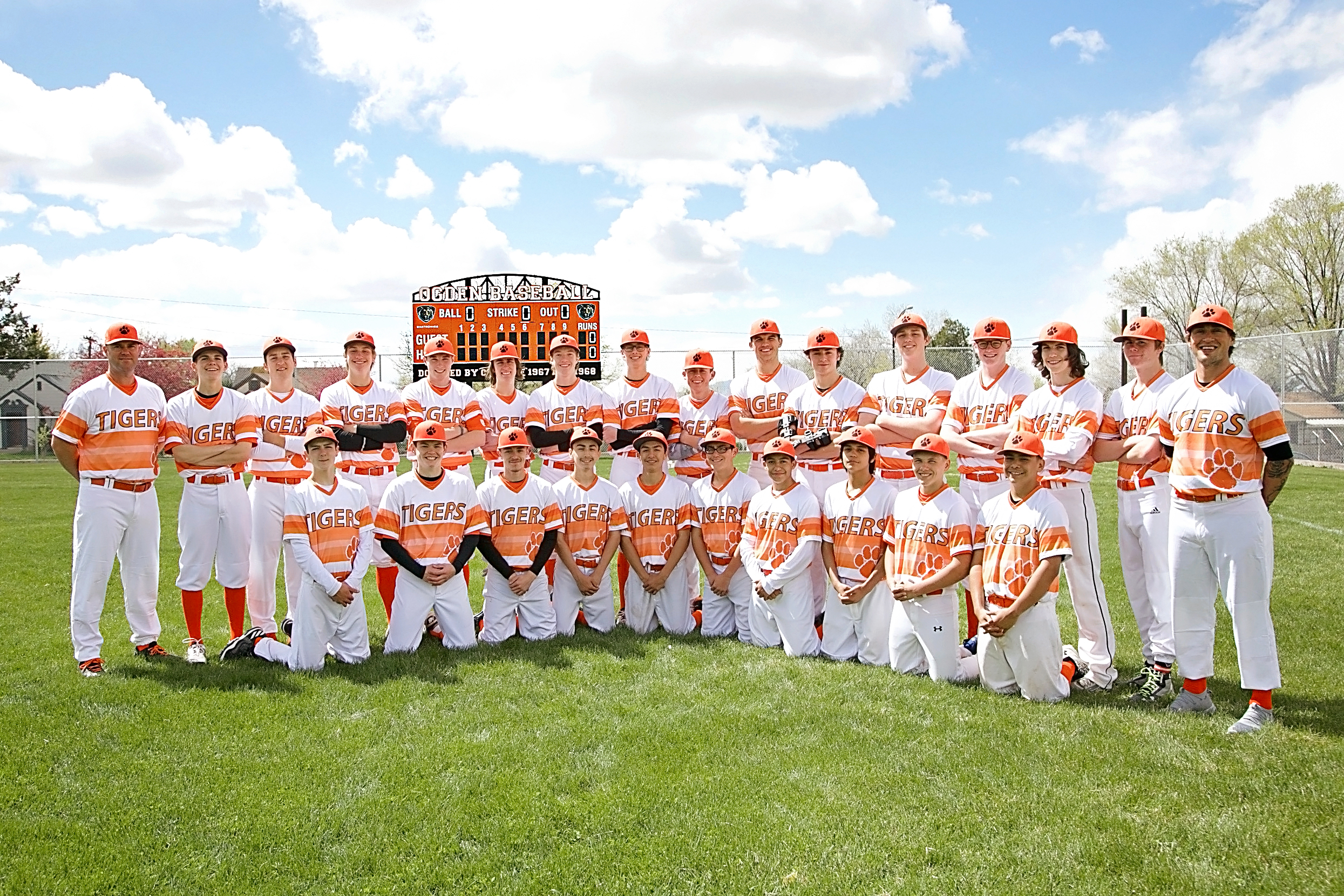 Baseball enters State Tournament 2 years in a row!