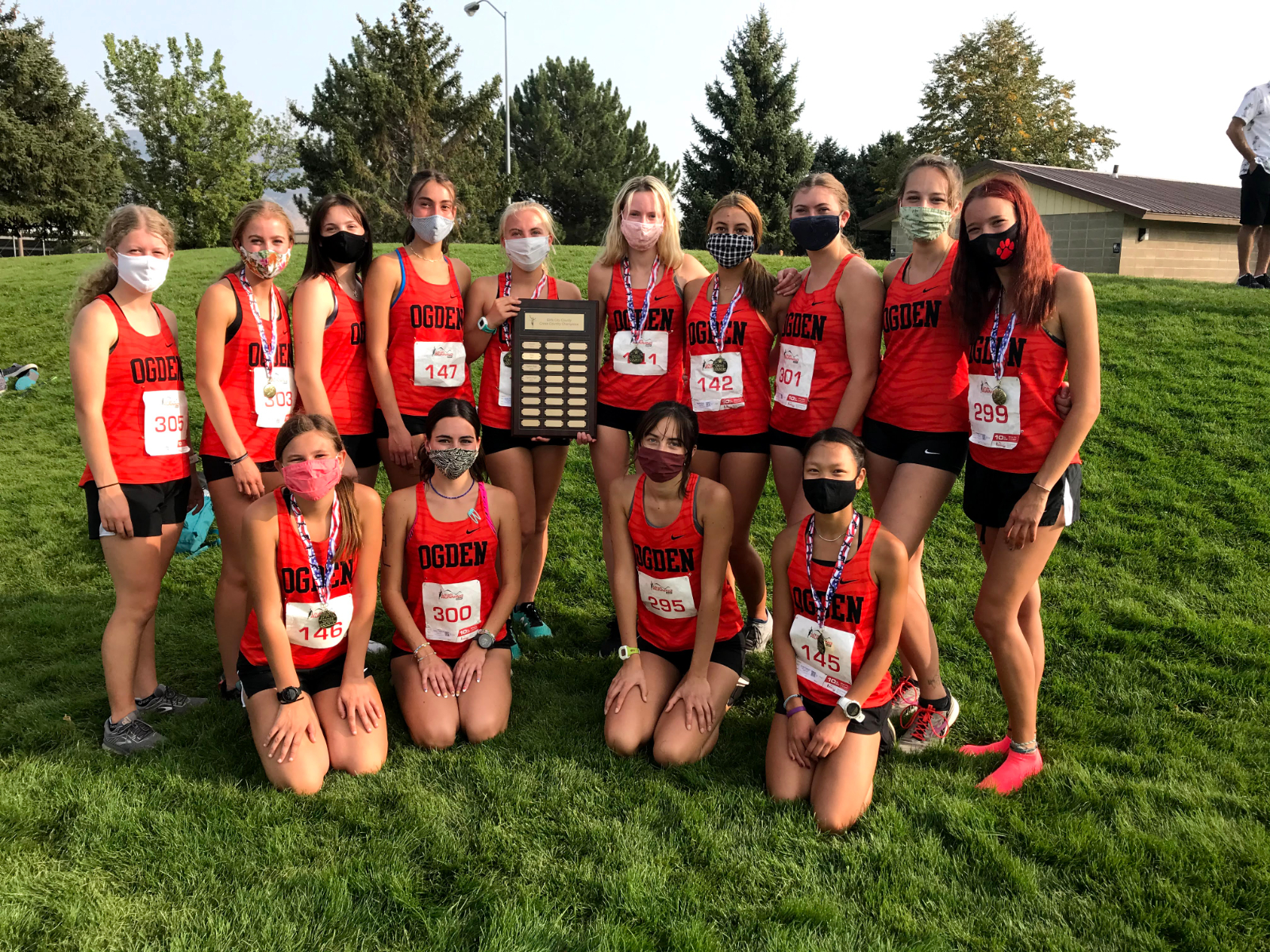 Girls Cross Country Wins City-County!