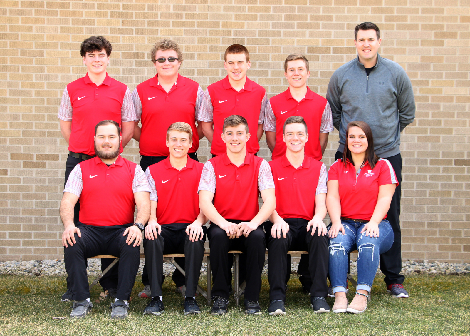 Raider Golf Defeats Elwood; 10-2 Overall