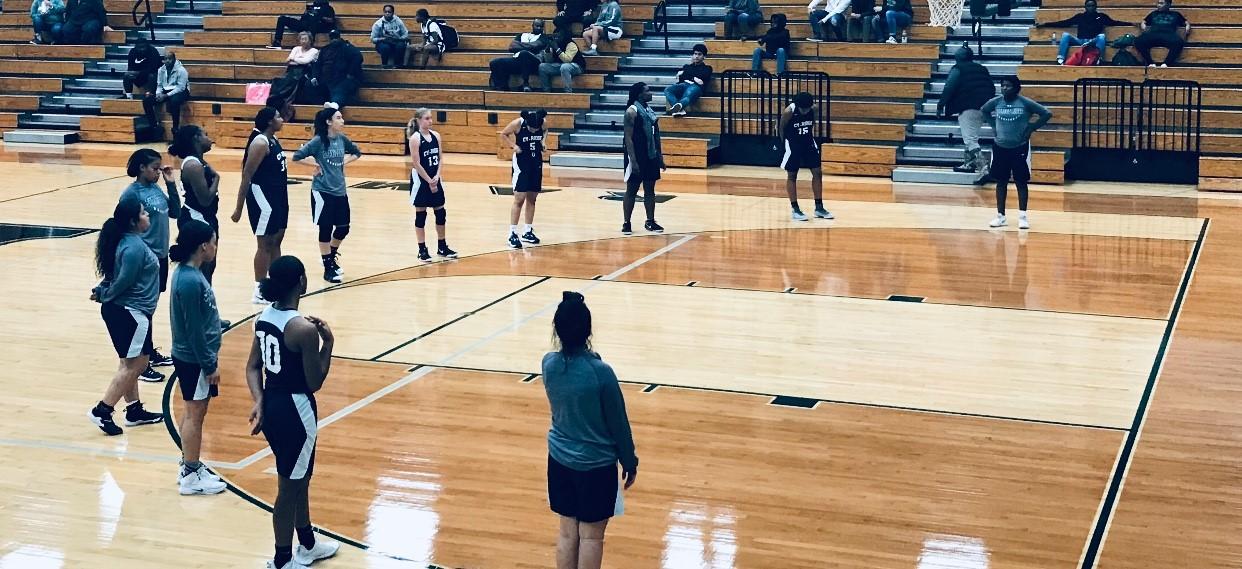 Girls Basketball Win vs Mayde Creek