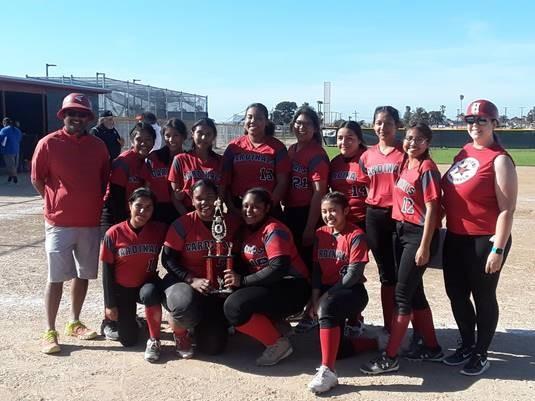 Girls Softball wins tournament over Spring Break!