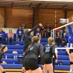 Comet Volleyball Wins Regional Match