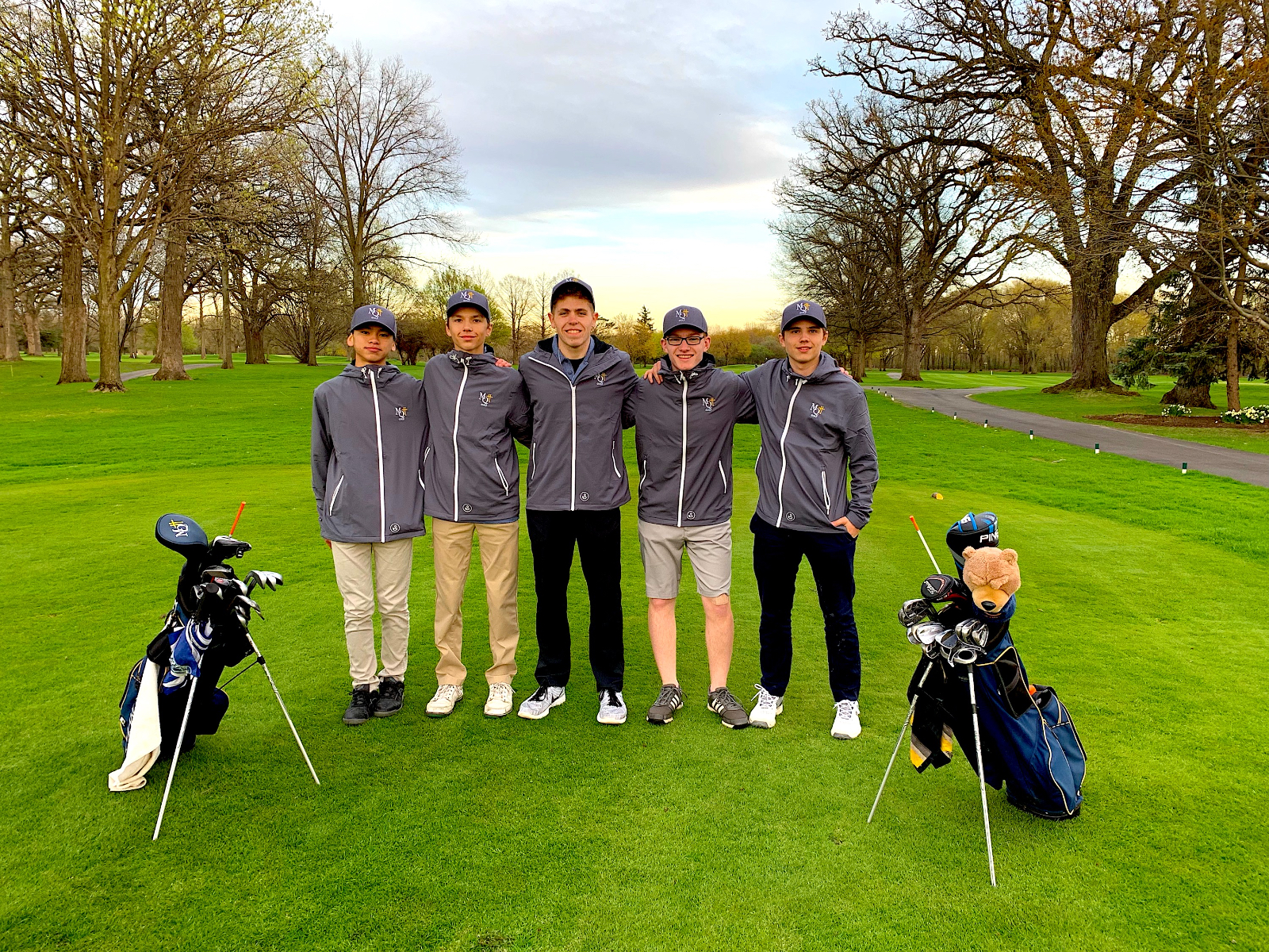 Blazers Round Out Play at Lake Central Regional