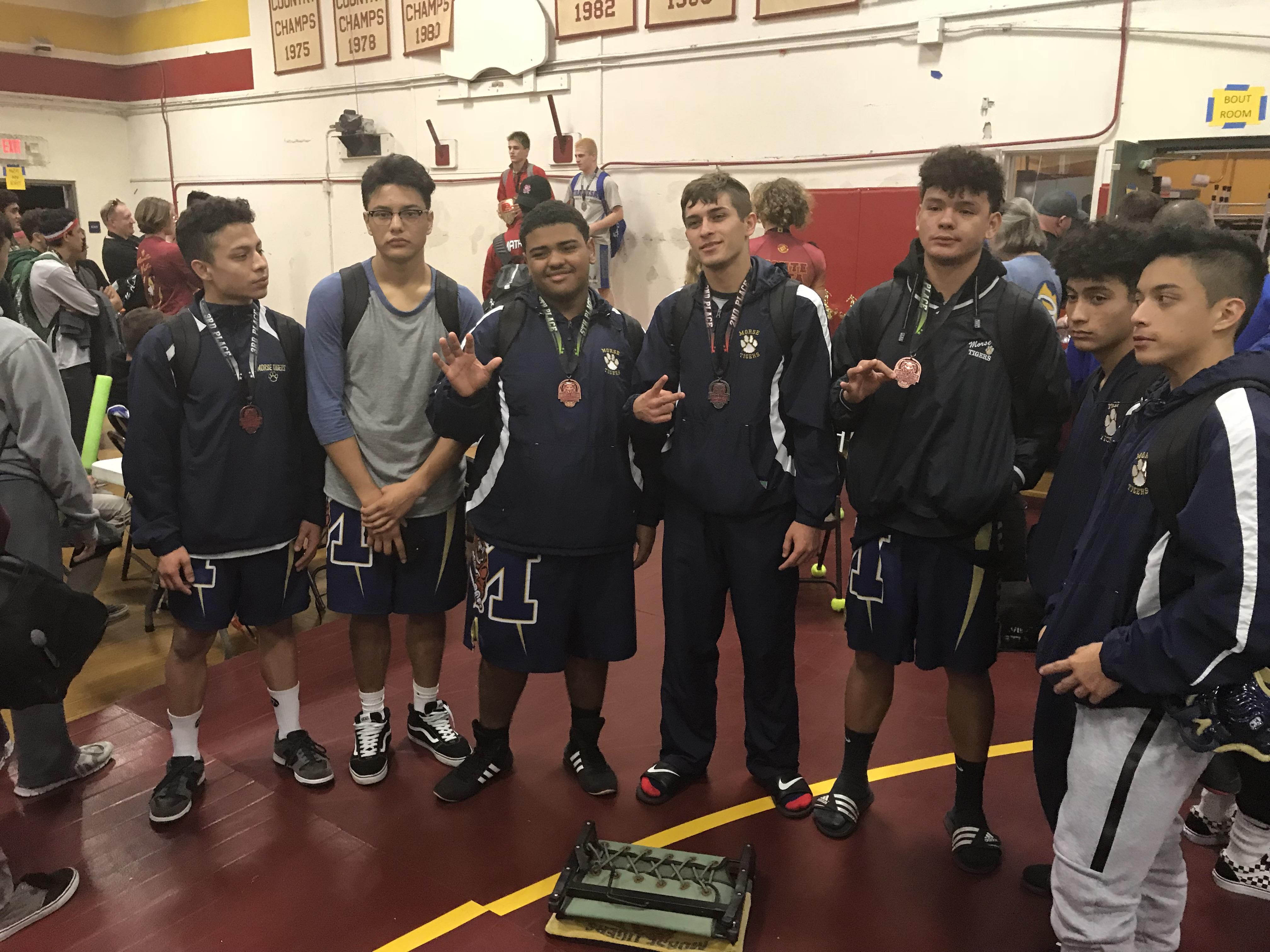 Boys Varsity Wrestling, Gonzalez takes 2nd place at Monte Vista/Spring Valley
