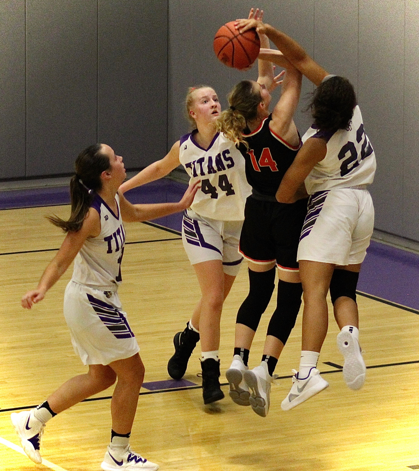 Girls Basketball Game Saturday vs Ashland