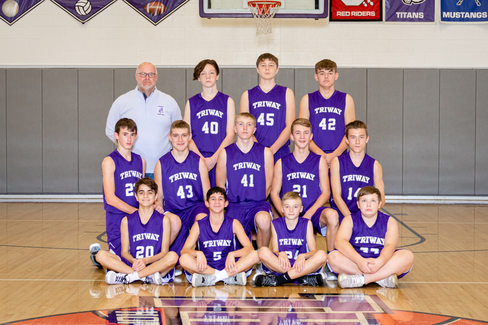 8th Grade Boys Basketball Team 2020-2021