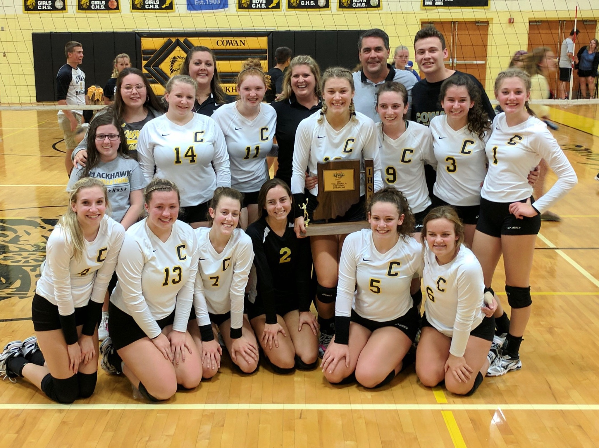 Cowan Wins Volleyball Sectionals