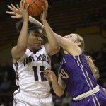 Midland Lee High School Girls Varsity Basketball beat Midland 61-44