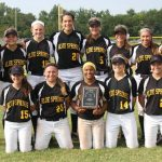 Softball defeats Lee's Summit, earns share of conference championship
