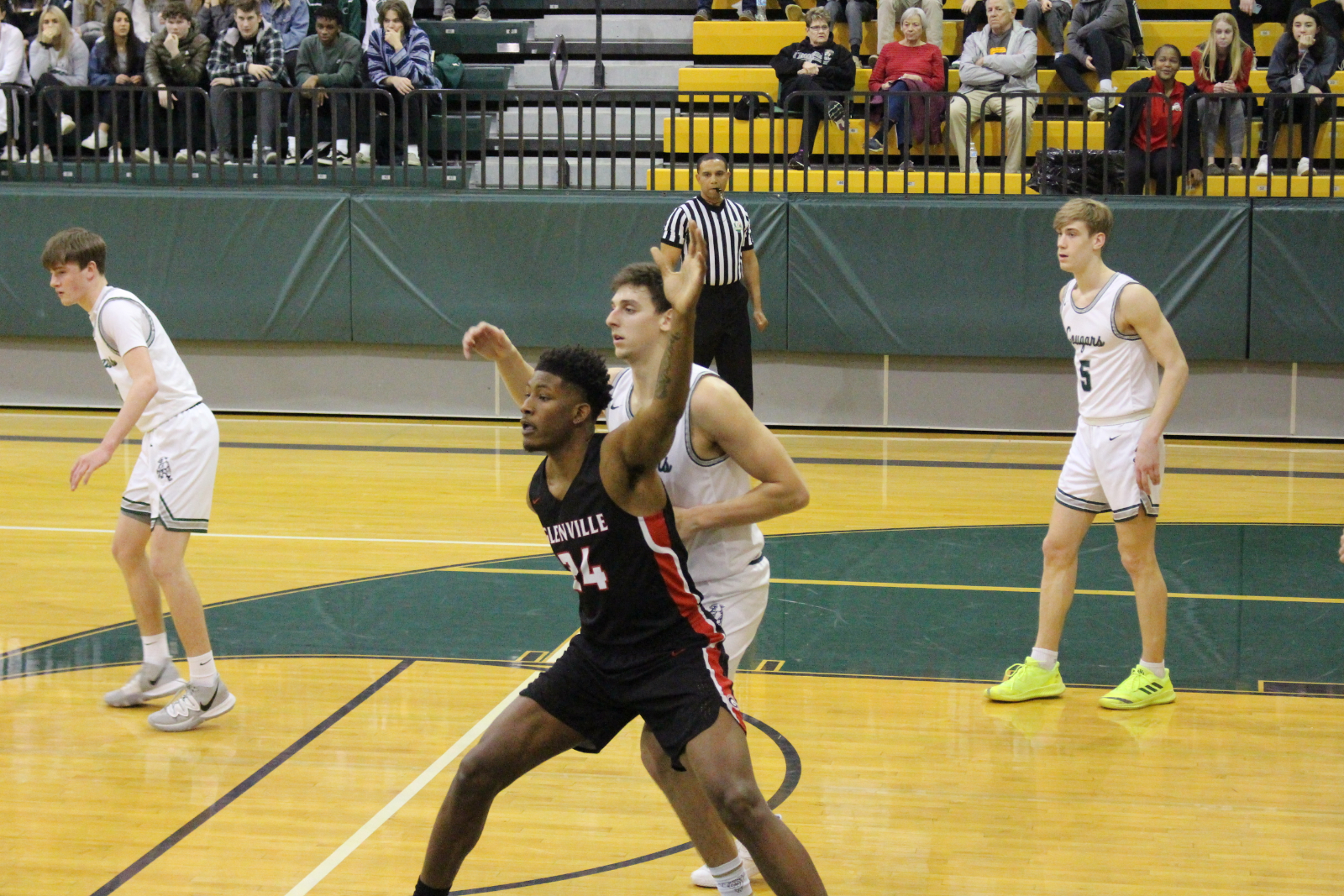Tarblooders Defeat Lake Catholic: Advance to District Finals