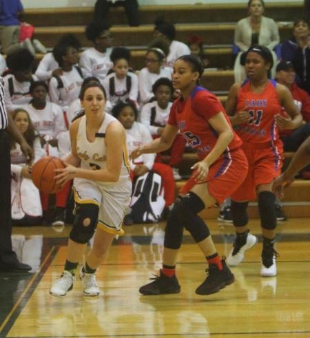 Girls basketball team continues winning ways!