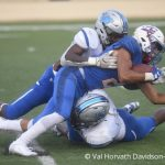 Offense sets rushing yardage record in Battle on the Border victory